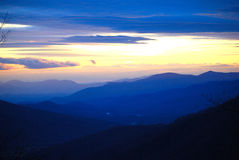 Μπλε βόρεια Καρολίνα ηλιοβασιλέματος Στοκ φωτογραφία με δικαίωμα ελεύθερης χρήσης