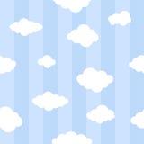 Μπλε γραμμές με το άνευ ραφής υπόβαθρο σύννεφων Στοκ Φωτογραφίες