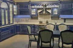 Μπλε εκλεκτής ποιότητας έπιπλα κουζινών Στοκ Εικόνες