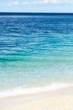 Μπλε θάλασσα ή ωκεάνιο νερό Στοκ φωτογραφία με δικαίωμα ελεύθερης χρήσης