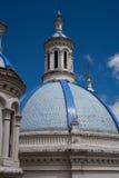 Μπλε θόλοι του νέου καθεδρικού ναού ν Cuenca στοκ εικόνες