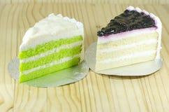 Μπλε κέικ μούρων και pandan κέικ σιφόν στρωμάτων Στοκ φωτογραφίες με δικαίωμα ελεύθερης χρήσης