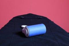 Μπλε καθαρότερη σκόνη με τον κύλινδρο ίνας Στοκ Εικόνα