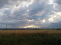 Μπλε και κίτρινος ουρανός Στοκ φωτογραφίες με δικαίωμα ελεύθερης χρήσης