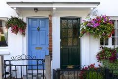 Μπλε και μαύρες πόρτες πεζουλιών, Henley στον Τάμεση Στοκ εικόνες με δικαίωμα ελεύθερης χρήσης