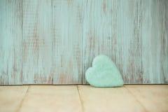 Μπλε καρδιά αγάπης για την ημέρα βαλεντίνων Στοκ Εικόνες