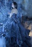 μπλε κορίτσι φορεμάτων Στοκ φωτογραφίες με δικαίωμα ελεύθερης χρήσης