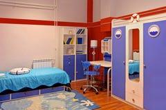 Μπλε κρεβατοκάμαρα παιδιών Στοκ εικόνα με δικαίωμα ελεύθερης χρήσης