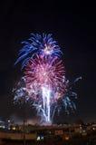 μπλε κόκκινο λευκό πυροτεχνημάτων Στοκ Εικόνες