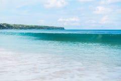 Μπλε κύματα στον ωκεανό Στοκ Εικόνες