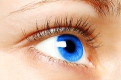 Μπλε μάτι γυναικών Στοκ φωτογραφία με δικαίωμα ελεύθερης χρήσης