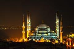 Μπλε μουσουλμανικό τέμενος Ιστανμπούλ τή νύχτα Στοκ Εικόνες