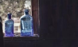 μπλε μπουκάλια Στοκ φωτογραφία με δικαίωμα ελεύθερης χρήσης