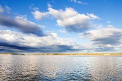 μπλε ουρανοί στοκ φωτογραφία