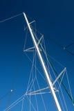 Μπλε ουρανός ιστών βαρκών Στοκ Φωτογραφία