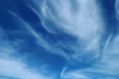 Μπλε ουρανός και άσπρο σύννεφο Στοκ Εικόνες