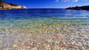 Μπλε ουρανός και ωκεάνια κύματα φιλμ μικρού μήκους