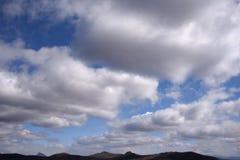 Μπλε ουρανός με τα σύννεφα 14 Στοκ Φωτογραφίες