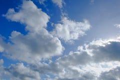 μπλε ουρανός σύννεφων ανα Στοκ Φωτογραφίες