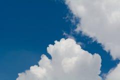 μπλε ουρανός σύννεφων Στοκ φωτογραφίες με δικαίωμα ελεύθερης χρήσης