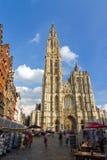 Μπλε ουρανός της Αμβέρσας καθεδρικών ναών Στοκ Φωτογραφίες