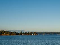 μπλε ουρανός φοινικών τοπίων ωκεάνιος Στοκ φωτογραφία με δικαίωμα ελεύθερης χρήσης