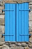 Μπλε παραθυρόφυλλο Στοκ φωτογραφίες με δικαίωμα ελεύθερης χρήσης