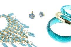 Μπλε περιδέραιο με τα βραχιόλια Στοκ Εικόνες