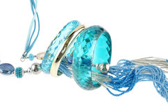 Μπλε περιδέραιο με τα βραχιόλια Στοκ εικόνα με δικαίωμα ελεύθερης χρήσης