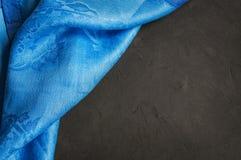 Μπλε πετσέτα λινού Στοκ Εικόνες