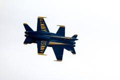 Μπλε πολεμικό τζετ αγγέλων Στοκ φωτογραφία με δικαίωμα ελεύθερης χρήσης