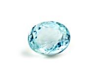 Μπλε πολύτιμος λίθος aquamarine που απομονώνεται στο λευκό Στοκ Εικόνα