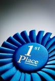 Μπλε πρώτη ροζέτα νικητών θέσεων Στοκ Εικόνες