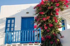 μπλε πόρτα ελληνικά Στοκ εικόνες με δικαίωμα ελεύθερης χρήσης