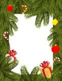 μπλε πλαίσιο Χριστουγέν&nu Κλάδοι πεύκων που διακοσμούνται με τα μπαλόνια και τα δώρα Στοκ Φωτογραφία