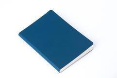 Μπλε σημειωματάριο δέρματος που απομονώνεται στο άσπρο υπόβαθρο στοκ φωτογραφίες με δικαίωμα ελεύθερης χρήσης