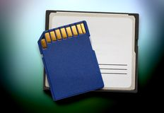 Μπλε συμπαγείς κάρτες μνήμης Στοκ φωτογραφία με δικαίωμα ελεύθερης χρήσης