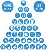 Μπλε συλλογή εικονιδίων υγειών και ασφαλειών πυραμίδων Στοκ εικόνες με δικαίωμα ελεύθερης χρήσης