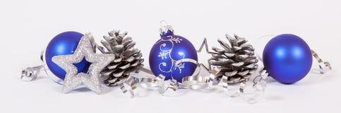 Μπλε σφαίρες Χριστουγέννων Στοκ φωτογραφία με δικαίωμα ελεύθερης χρήσης