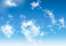 μπλε σύννεφα κινούμενων σχεδίων ανασκόπησης όπως να φανεί άσπρος Στοκ Εικόνες