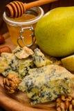 Μπλε τυρί με τα αχλάδια Στοκ εικόνες με δικαίωμα ελεύθερης χρήσης