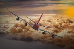 Μπλε υποβάθρου αεροπλάνων ταχύτητας αέρα αεροπορίας ουρανού ταξιδιού σύννεφων αεροπλάνων Στοκ Εικόνες