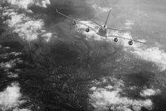 Μπλε υποβάθρου αεροπλάνων ταχύτητας αέρα αεροπορίας ουρανού ταξιδιού σύννεφων αεροπλάνων Στοκ φωτογραφίες με δικαίωμα ελεύθερης χρήσης