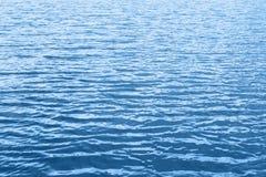 Μπλε υπόβαθρο κυμάτων νερού Στοκ Εικόνα