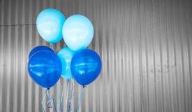 Μπλε υπόβαθρο μπαλονιών στοκ εικόνες