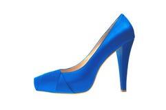 Μπλε υψηλό βαλμένο τακούνια παπούτσι που απομονώνεται στο λευκό Στοκ εικόνα με δικαίωμα ελεύθερης χρήσης