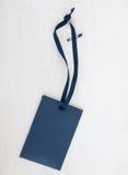Μπλε φάκελος εγγράφου με την μπλε κορδέλλα Στοκ φωτογραφία με δικαίωμα ελεύθερης χρήσης