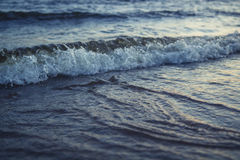μπλε φυσικά κύματα θάλασσας ανασκόπησης Στοκ φωτογραφία με δικαίωμα ελεύθερης χρήσης