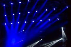 Μπλε φω'τα σε μια συναυλία στοκ φωτογραφίες με δικαίωμα ελεύθερης χρήσης