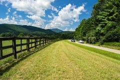 Μπλε χώρος στάθμευσης †«Roanoke, Βιρτζίνια, ΗΠΑ κορυφογραμμών στοκ εικόνα με δικαίωμα ελεύθερης χρήσης
